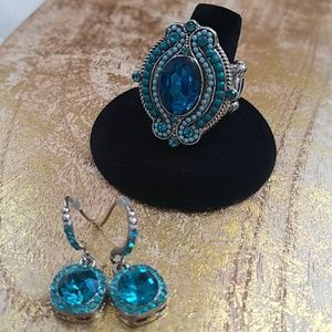 Jewelry - Ring and earring set.